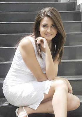 Kriti Kharbandha Telugu Actress Pictures