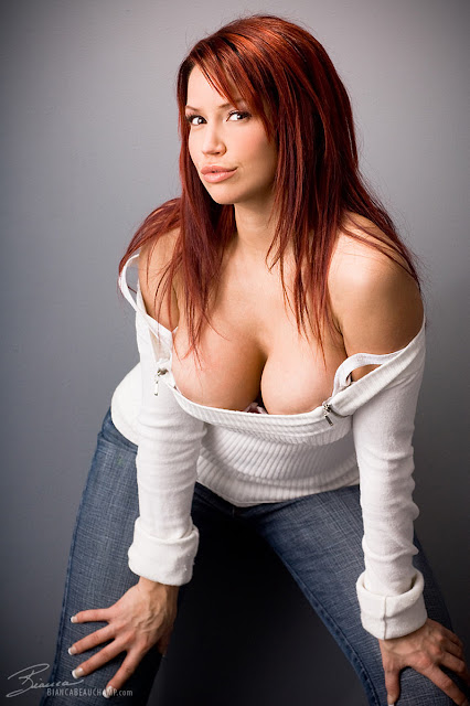 Hot and Sexy Girl Bianca Beauchamp Photos