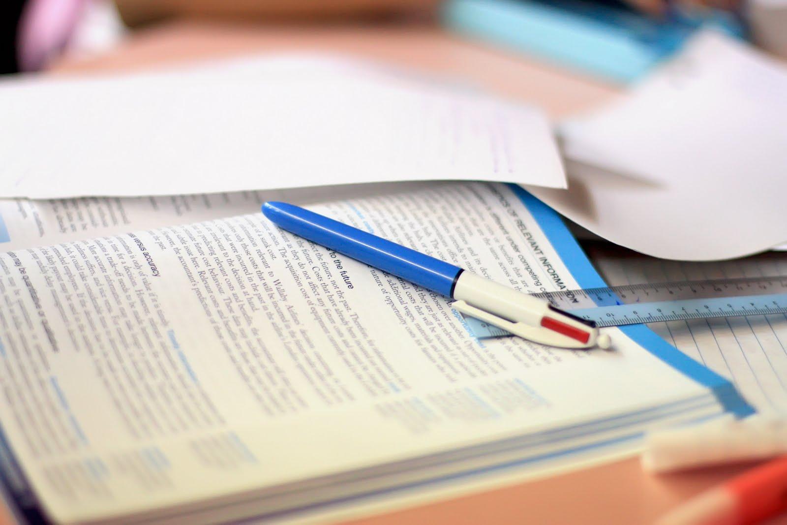 grammar check an essay bahasa melayu