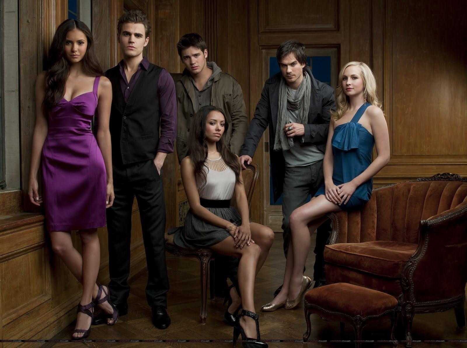 http://2.bp.blogspot.com/_pgEF1Z0olIk/S9BPfYvishI/AAAAAAAAAMo/Z6dx0M9RBNg/s1600/Vampire-Diaries-Main-Cast-the-vampire-diaries-8706262-1600-1194.jpg