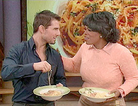 Tom-Cruise-making-favorite-recipe