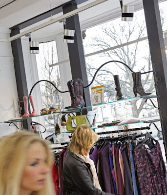 Application of the Illuma Shaker in designer clothes stores, powerful LED spotlights