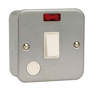 Metal Clad 1 Gang 20 AMP D.P. Switch With Flex Outlet & Neon - the 3799 Metal Clad