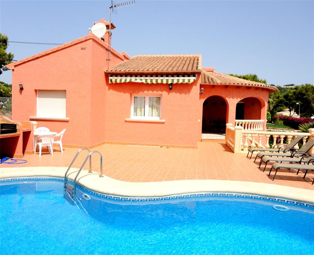 Locations vacances en espagne s jours en villas et for Location saisonniere villa