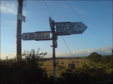 ROCKY BAY ROAD SIGN