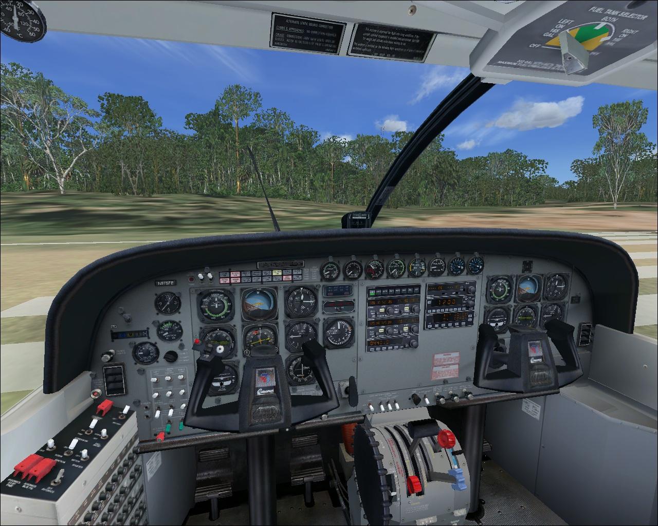 http://2.bp.blogspot.com/_phh8p32okQI/TEdOGmvmcWI/AAAAAAAAAMo/hX8W_IEvQQU/s1600/C208B-Cockpit-3D.jpg