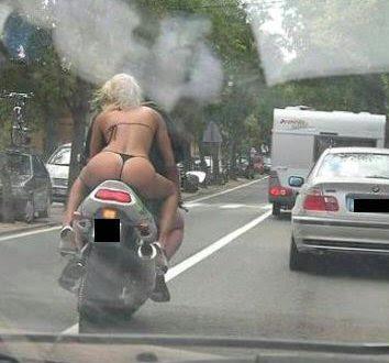 [Imagen: thong_motorcycle.jpg]