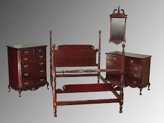 Furniture: MAHOGANY CHIPPENDALE BEDROOM SET