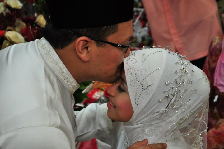 A Malay Wedding Essay