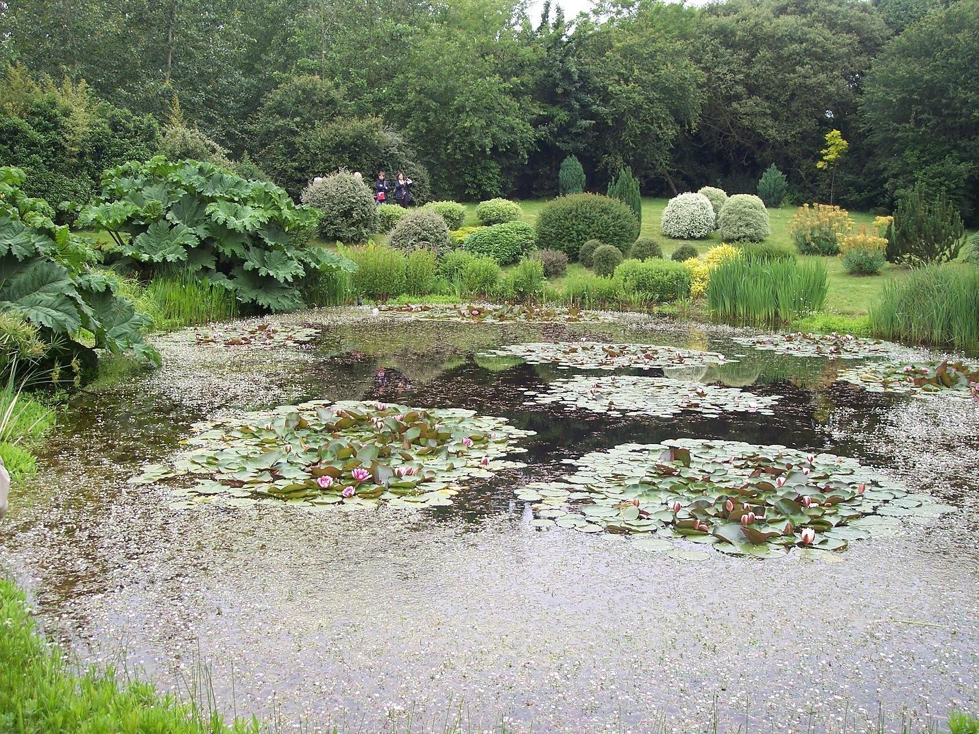 Paradis express parcs et jardins de l 39 oise for Le jardin aux 100 secrets