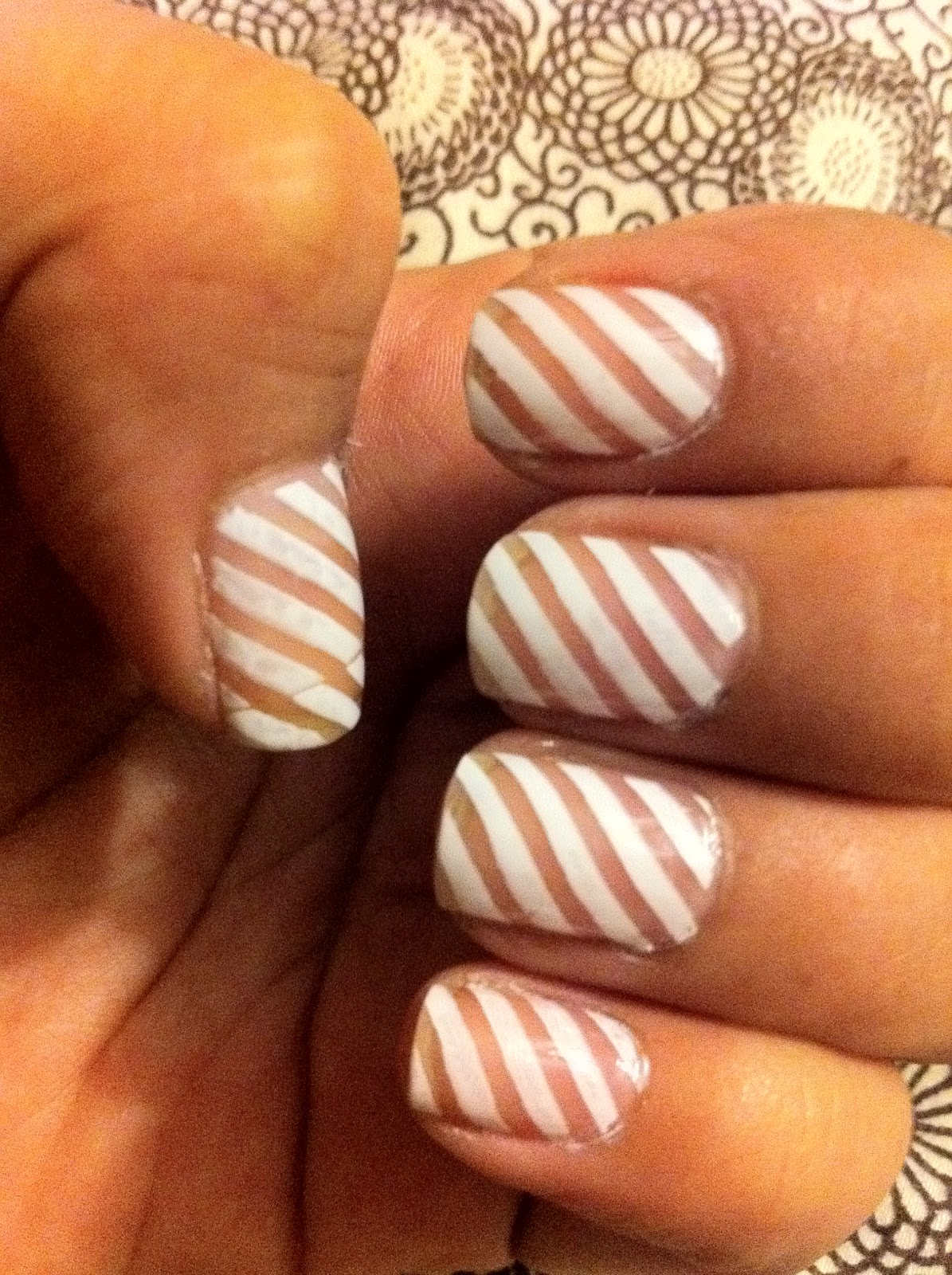 My+Photo 40 Stylish manicure Striped nails art striped nails striped manicure new trend in nail art nail art manicure with stripes manicure with strip decoration of nails daily manicure