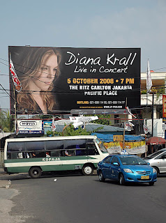 Diana Krall vs. Kopaja