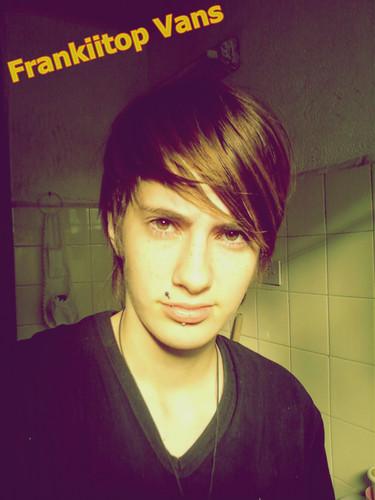 http://www.fotolog.com/frankiitop_vans
