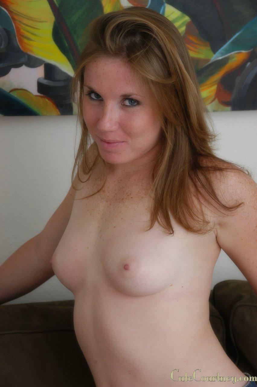 ebony bent over ass nude