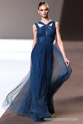 elie saab pret a porter osen zima 2010 56 Вечірні сукні (фото). Вечірні плаття від знаменитих Будинків Мод