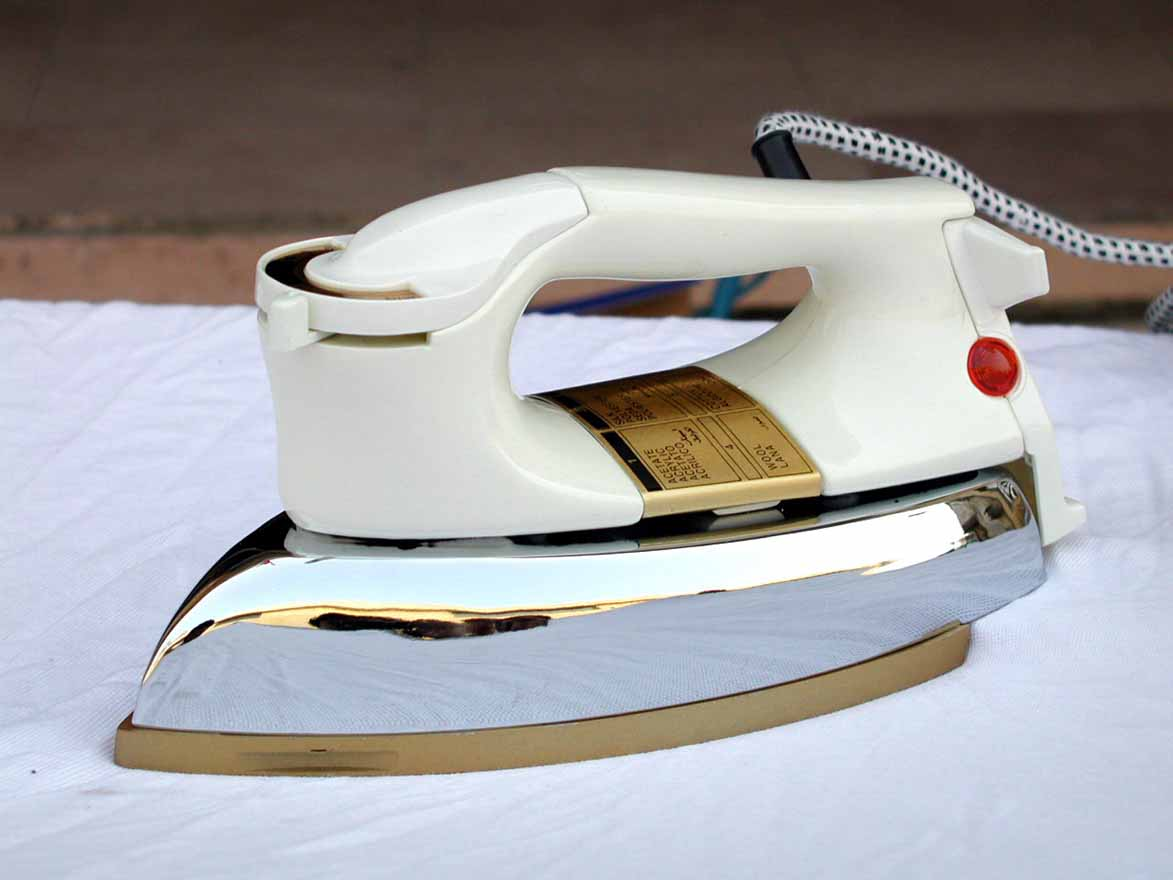 National Electric Iron ~ Electric iron