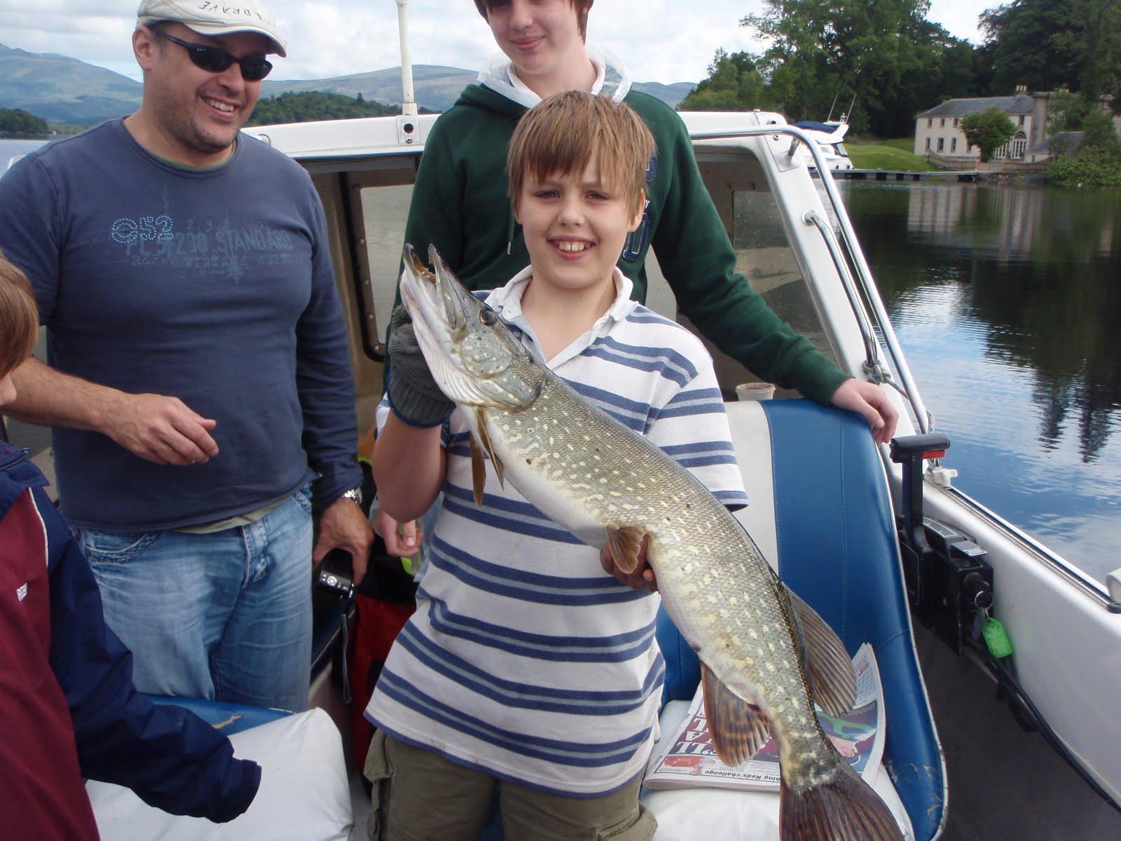 Scottish fishing guide 12lb loch lomond pike scottish for Loch lomond fishing
