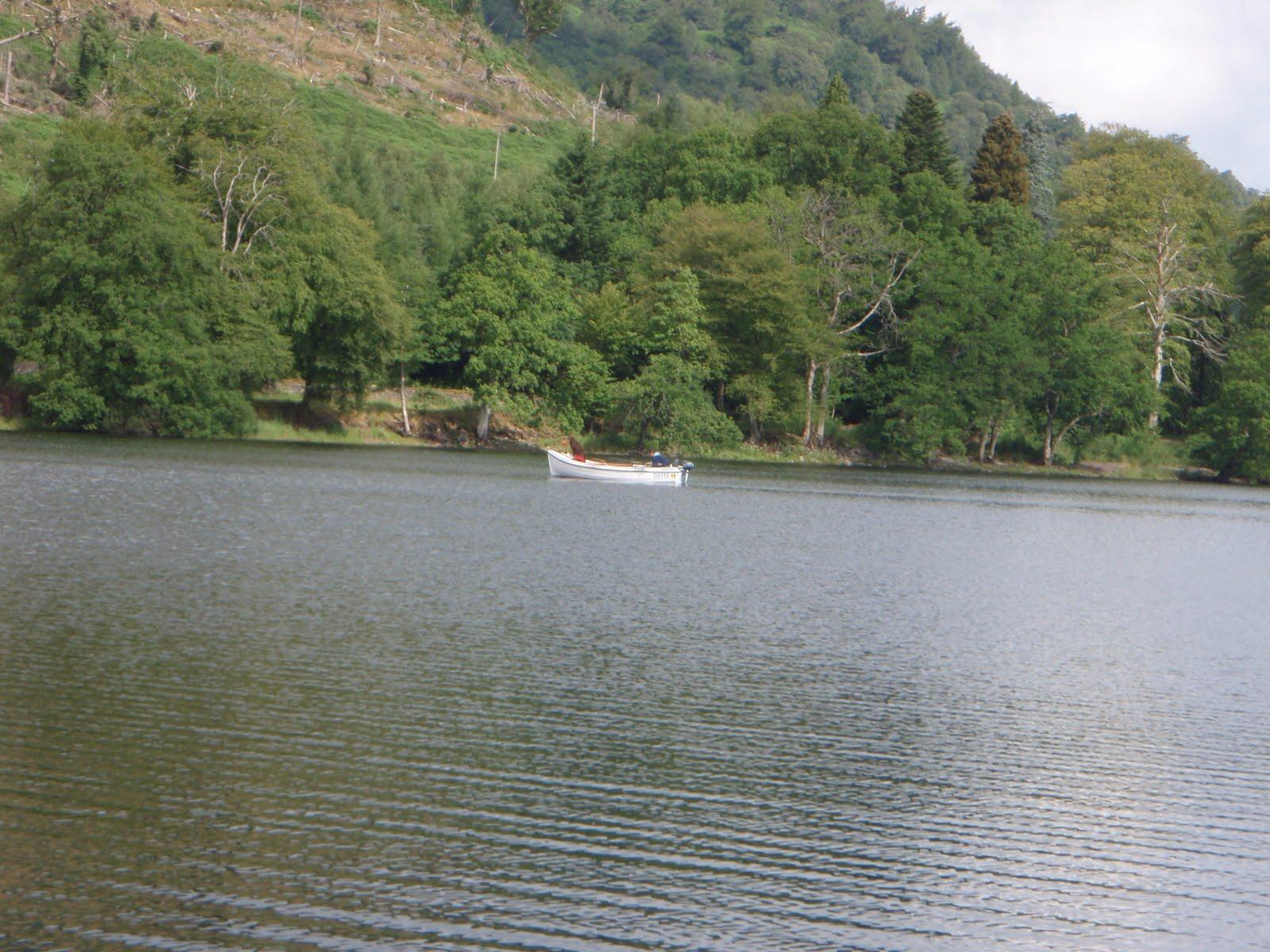 Scottish fishing guide salmon trolling on loch lomond for Loch lomond fishing
