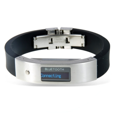 Bluetooth Bracelet with Vibration and LCD Display Front