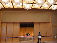 天井のライトは夜空や蛍のようにも演出できる