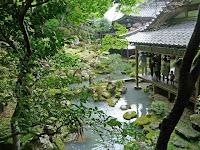 庭園は京都府の指定名勝となっている