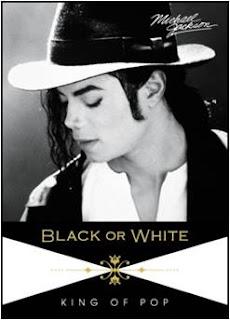 Ad Agosto usciranno carte collezionabili della Panini - Pagina 4 Black+or+White