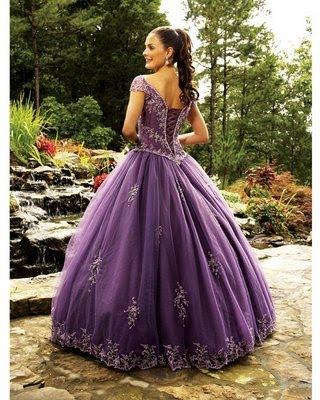 vestidos galeria: vestido de 15 años - color violeta