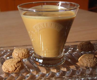 Articole culinare : Lichior-crema de whisky