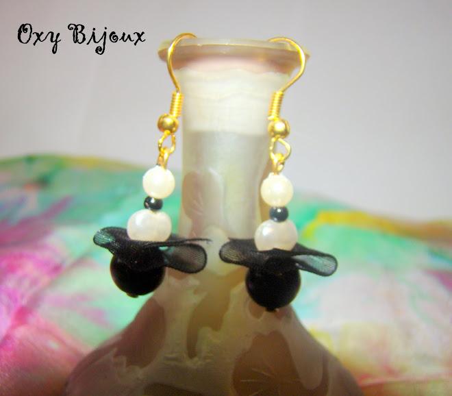 Cercei perle alb-negru - pret 5 RON (C3)