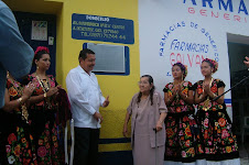 Develan placa en el lugar de nacimiento de A. Guzmán