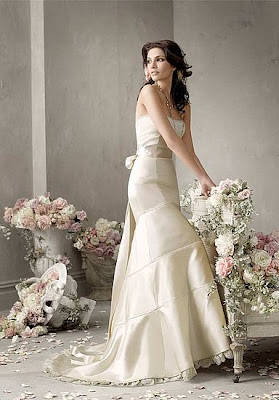 Romantic Of Wedding Dress, Wedding Dress, White Wedding Dress, Wedding Fashion Trend