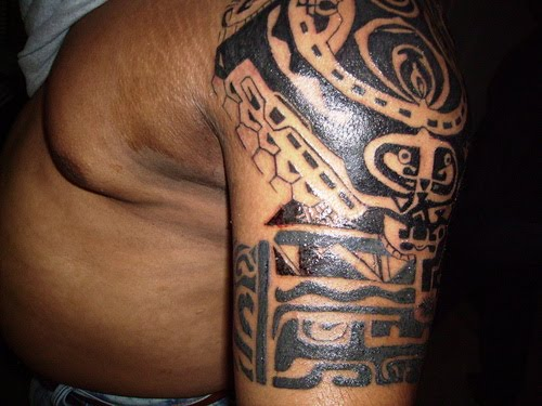 Tribal tattoo designs shoulderwhat do tribal tattoos mean8 for Tribal body tattoo