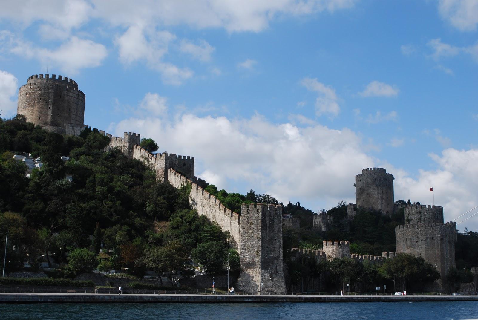 http://2.bp.blogspot.com/_pv5ccRkAhck/TKE9UBcG-bI/AAAAAAAABhM/l8fwArKiAQ0/s1600/Bosphorus+Cruise+%2870%29.JPG