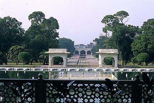 Lahore pakistan nice buildings pmodels for Terrace meaning in urdu