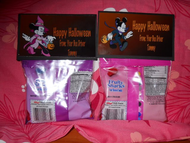 juicy creation by theresa mickey and minnie mouse treat bags. Black Bedroom Furniture Sets. Home Design Ideas