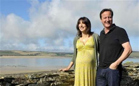 david cameron wife. British Prime Minister David Cameron#39;s wife Samantha has given birth to a baby girl. quot;Both the baby - who was born weighing 6lbs 1oz (2.7 kg) - and Mrs