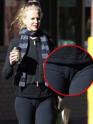 Celeb Scandals: Nicole Kidman showing pussy .. cameltoe
