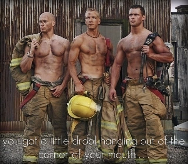 http://2.bp.blogspot.com/_pz1A7NMSwxs/SvOiIakjo8I/AAAAAAAAA_I/skYF7d72pWg/s640/firemen.jpg