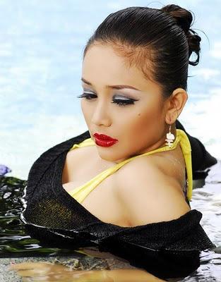 for myanmar love story 2011