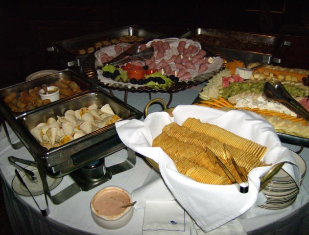 [keltner+fundraiser+february+2008+spread+columbia+club.jpg]