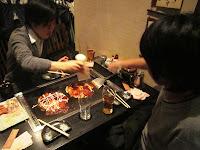 お好み焼き (Okonomiyaki)
