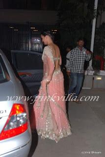Lara Dutta Sizzles in saree at Mijwan Show
