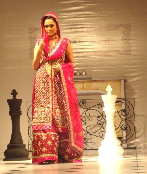 Heavy Work Lehenga - Pakistani Bridal Fashion 2010 ~ Ladies Fashion