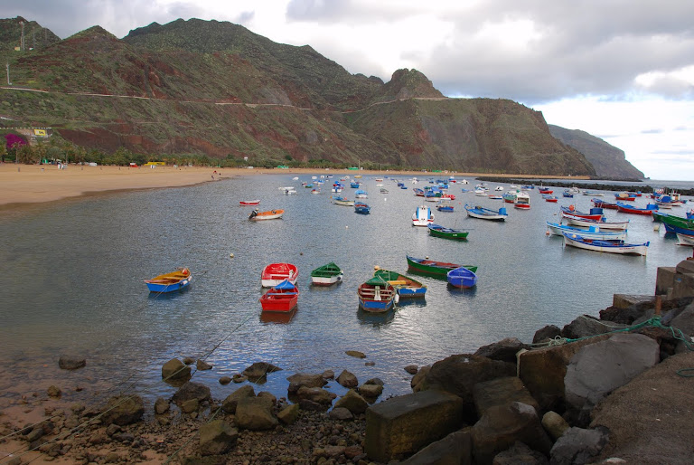 Barcas en Las Teresitas