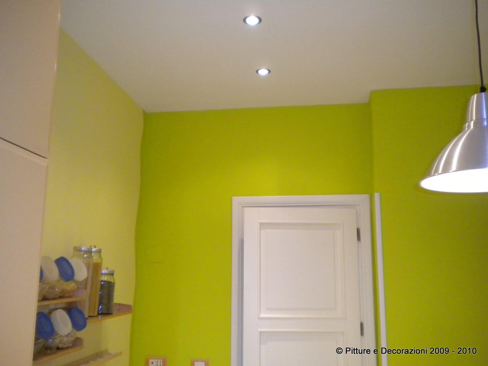 Pittura lavabile parete cucina cucina with vernice - Vernice lavabile cucina ...