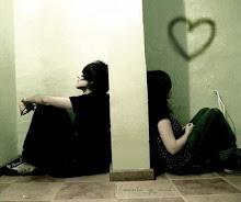 Esos amores imposibles, que sufren, lloran por estar un momento juntos,