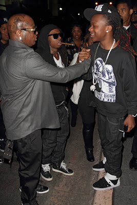 Imagen de Lil Wayne y Lil Chuckee en la fiesta de bienvenida