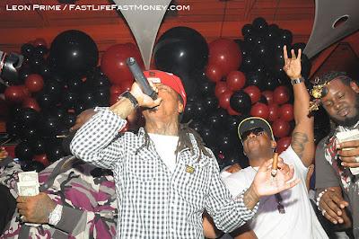 Imagen de Rick Ross, Lil Wayne, Mack Maine y T-Pain en el cumpleaños de Dj Khaled