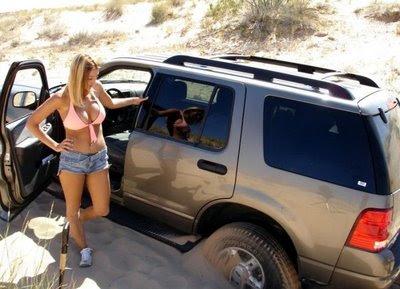 Xl Cars Hot Girls Car Broken