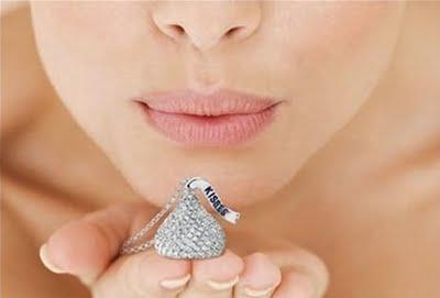 [diamond+hershey's+kiss]